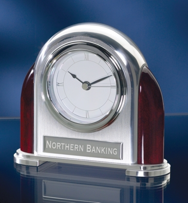 Retro Silver Desk Clock 2002