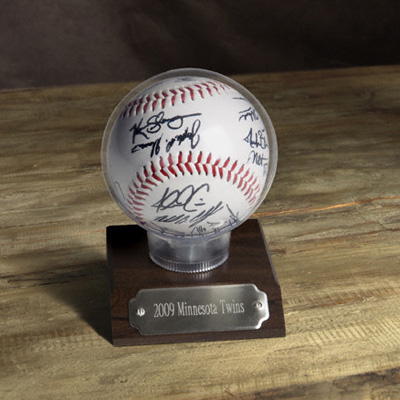 Autographed MLB Team Baseball With Case and Engraved Plate GC725