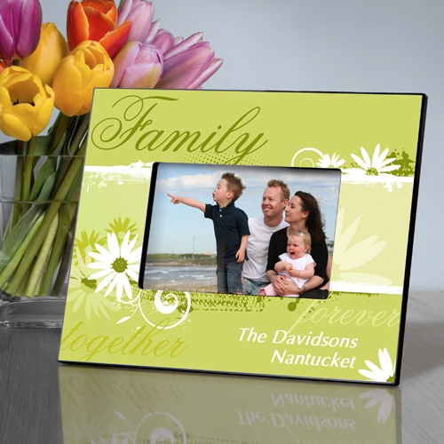 Daisy Personalized Picture Frame For Family GC739family