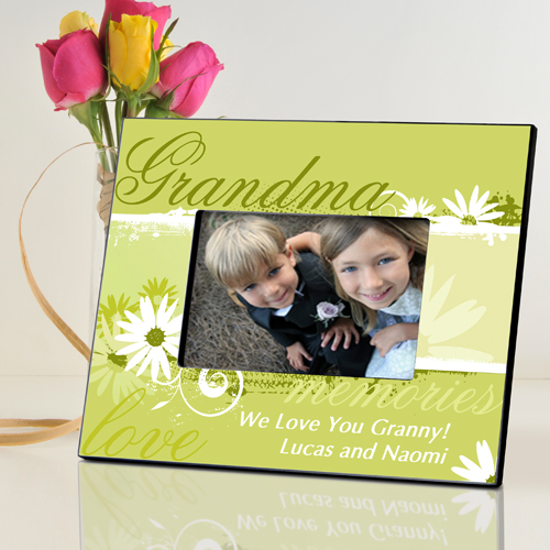 Delicate Daisy Personalized Picture Frame For Grandma GC739grandma