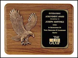 Walnut Eagle Casting Award P1683