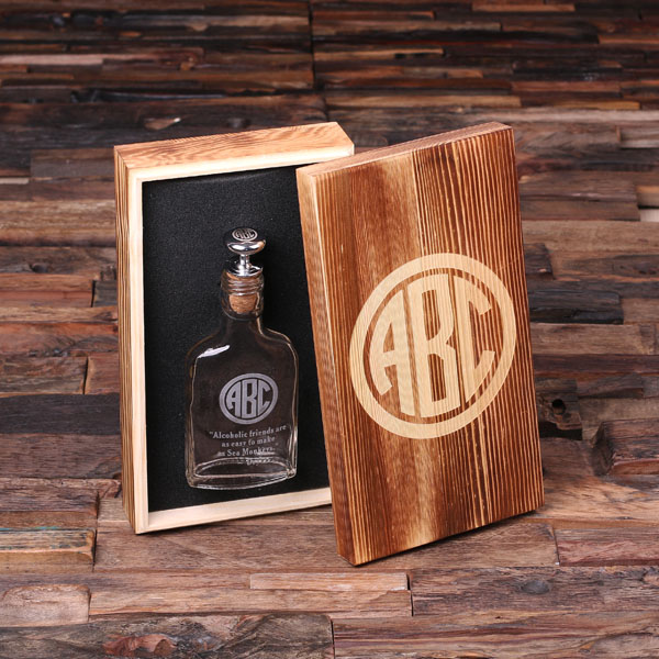 Personalized Vintage Whiskey Flask With Wood Gift Box TP-024900