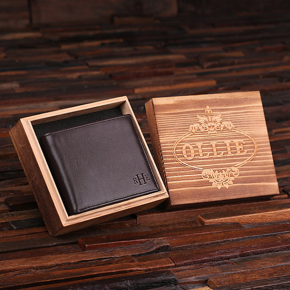 Monogrammed Mens Leather Wallet With Engraved Box